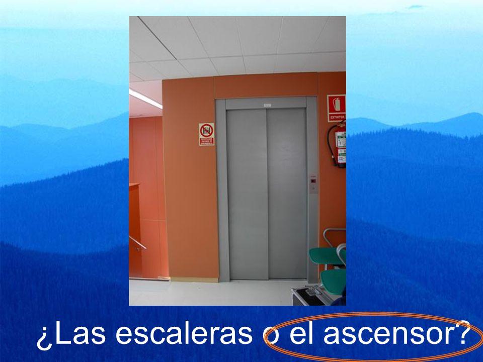 ¿Las escaleras o el ascensor?