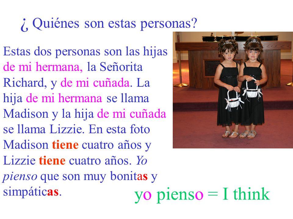 ¿De quién es....Es la mochila de mi estudiante. Fernando Victor Roberto Es el lápiz de Fernando.