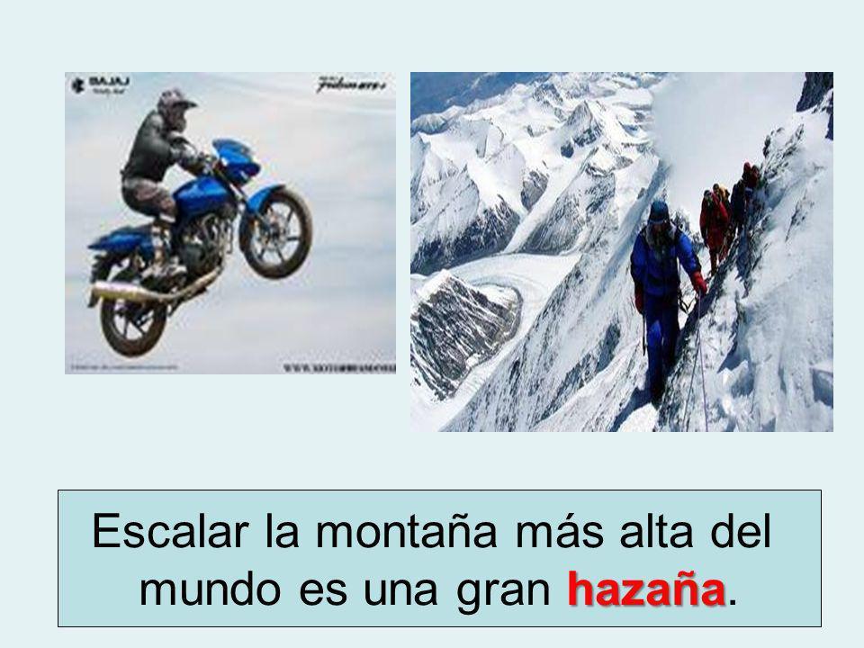 Escalar la montaña más alta del hazaña mundo es una gran hazaña..