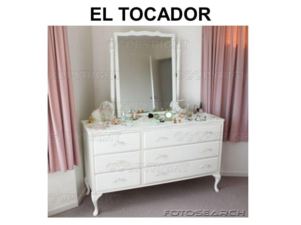 EL TOCADOR