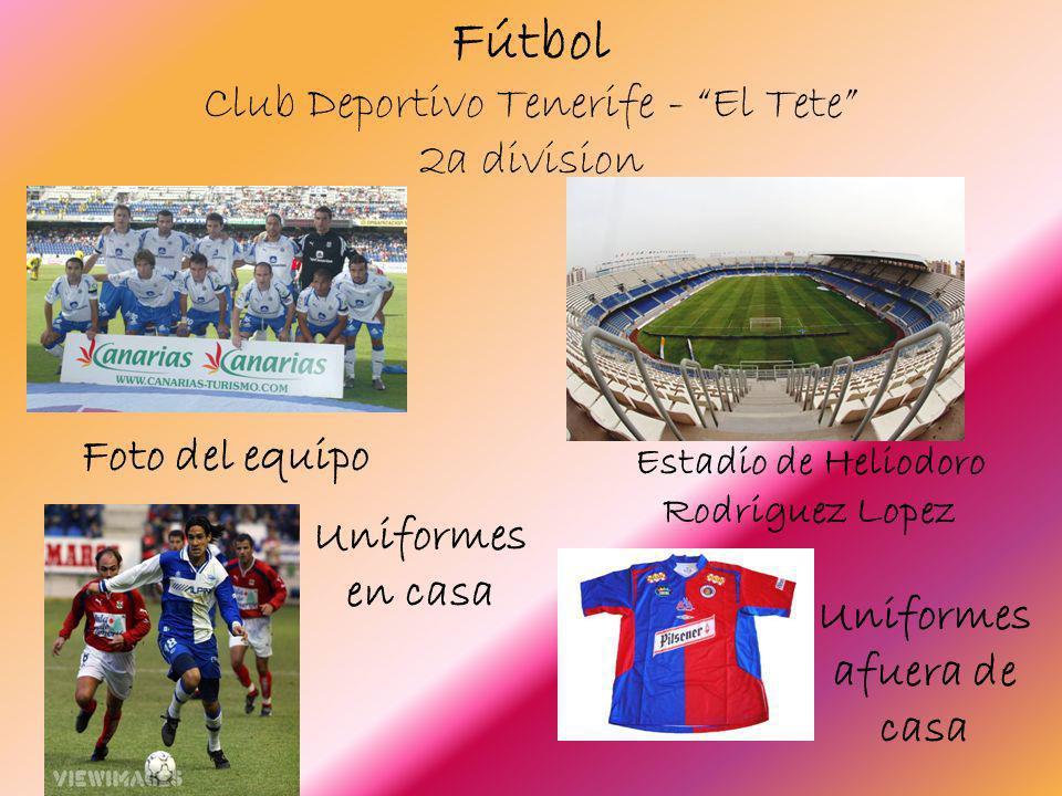 Fútbol Club Deportivo Tenerife - El Tete 2a division Foto del equipo Estadio de Heliodoro Rodriguez Lopez Uniformes en casa Uniformes afuera de casa