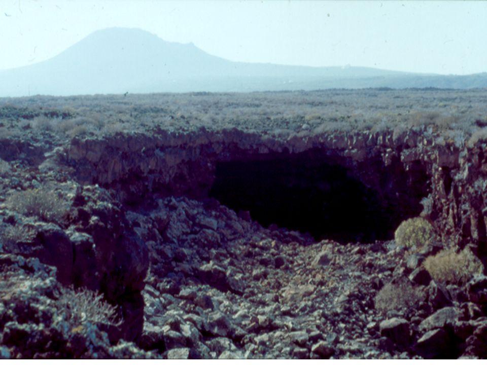 Erupción efusiva Volcán hawaiano