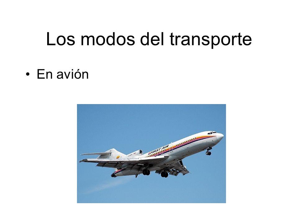 Los modos del transporte En avión