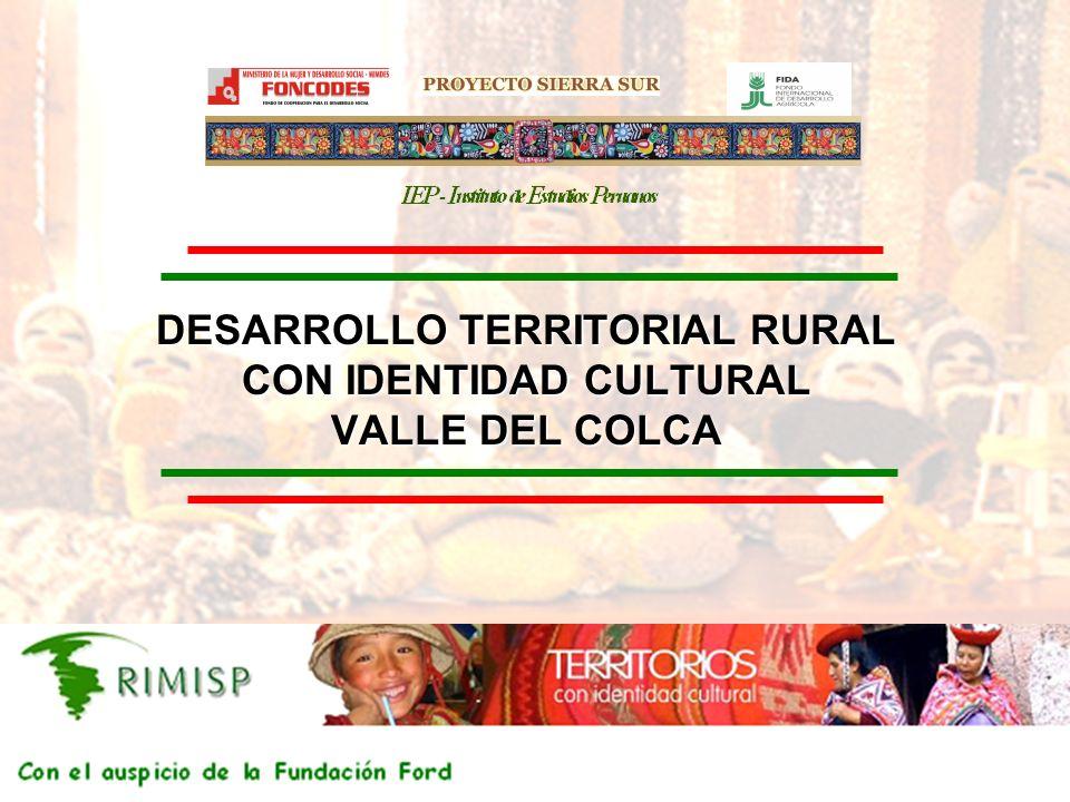 PROYECTO SIERRA SUR IEP Instituyo de Estudios Peruanos PROYECTO SIERRA SUR 2 El Valle del Colca El valle del Colca se encuentra situado al sur de Perú, en la región Arequipa Comprende la provincia de Caylloma, integrada por 19 distritos Según el censo del año 2005, esta provincia tiene 72.000 habitantes Es una zona donde el turismo ha aumentado exponencialmente en los últimos años (segundo destino en Perú)