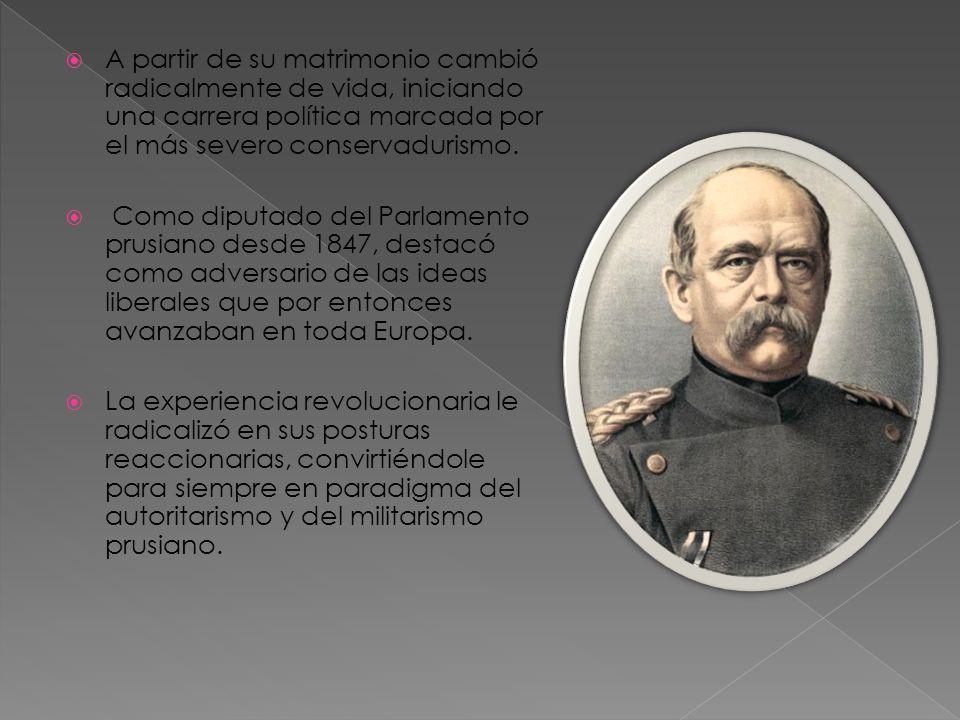 El nuevo Imperio era una verdadera autocracia en la que el Reichstag era elegido por sufragio universal e igual, en el que participaban todos los varones mayores de 25 años.