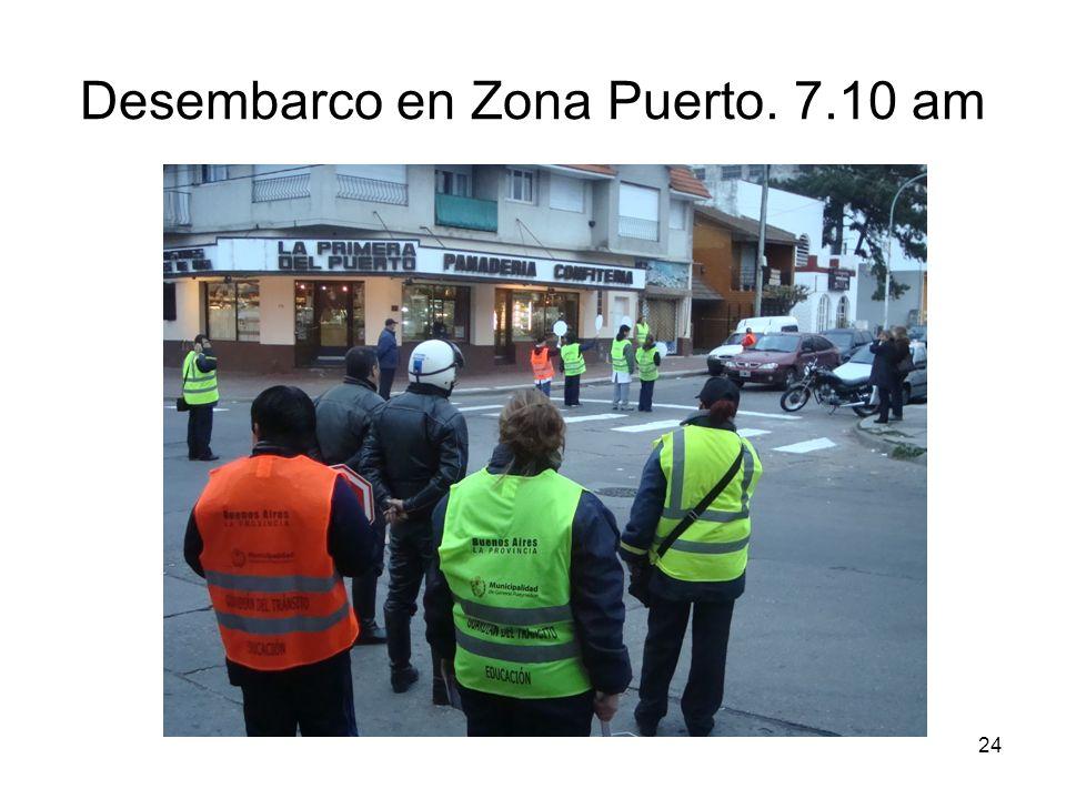 24 Desembarco en Zona Puerto. 7.10 am