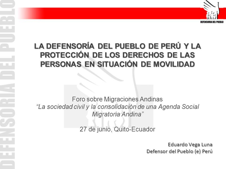 Características de la población peruana migrante INEI: 2,4 millones de peruanos/as migrantes 30 % reside en Sudamérica.