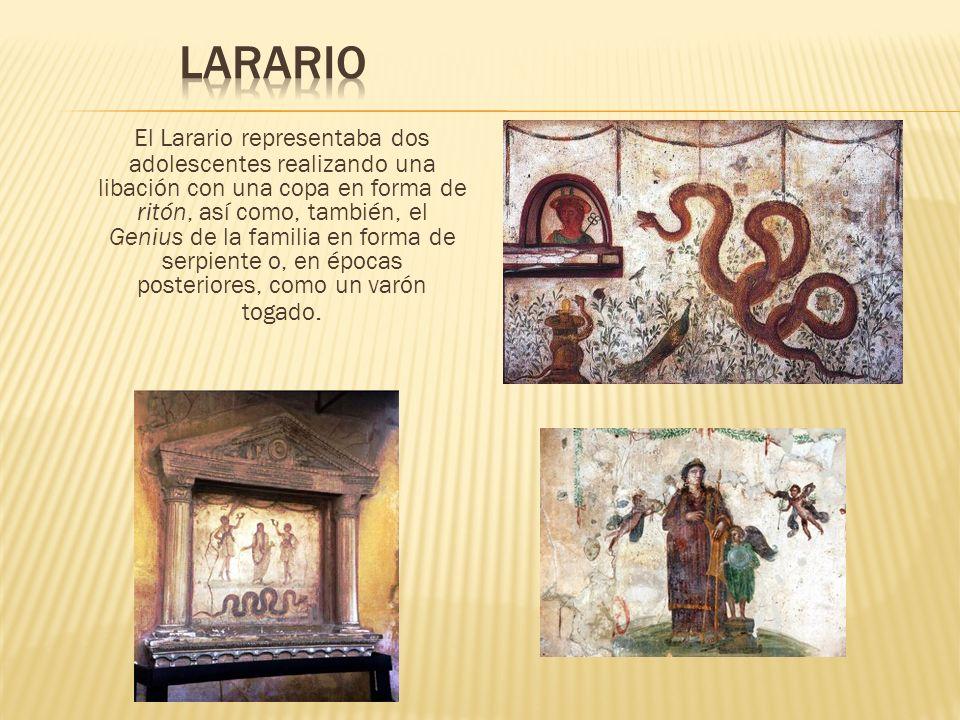 El Larario representaba dos adolescentes realizando una libación con una copa en forma de ritón, así como, también, el Genius de la familia en forma d