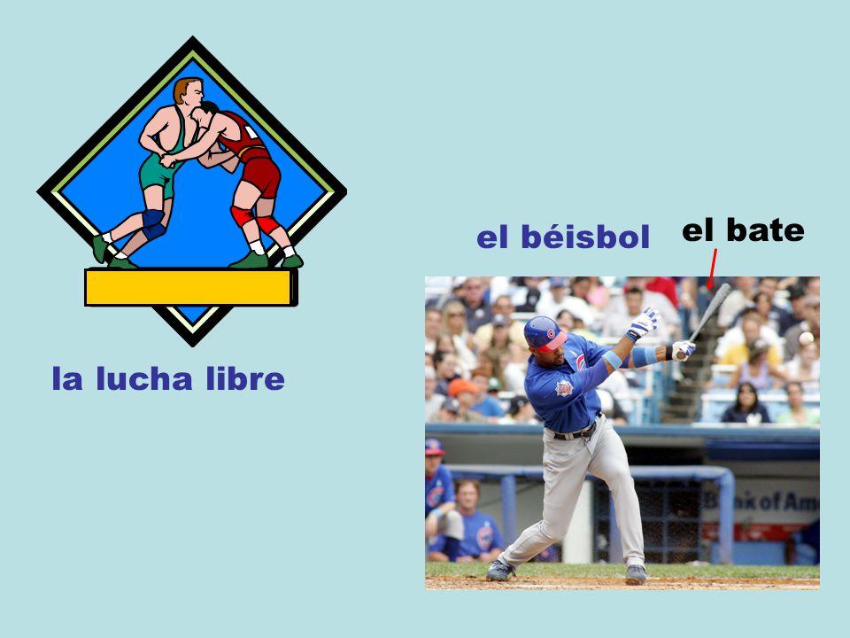la lucha libre el béisbol el bate