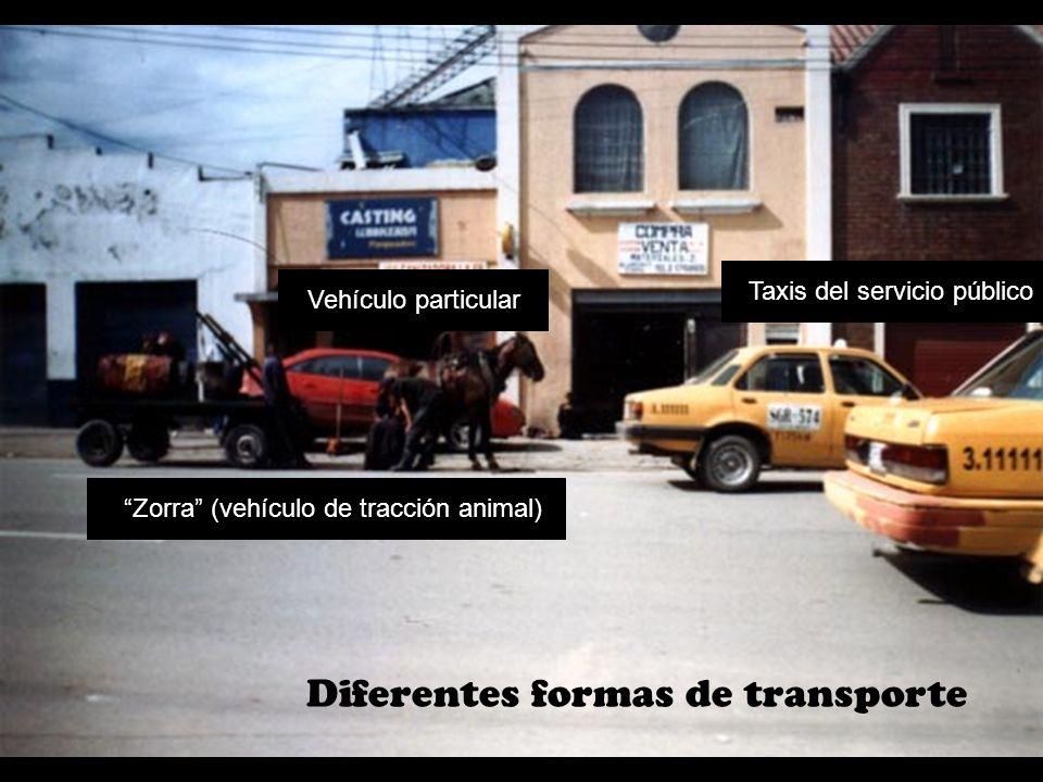 Dos trabajos opuestos A un mecánico se le respeta, y se le reconoce su conocimiento sobre carros y motos.