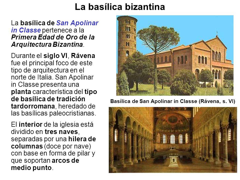 La basílica de San Apolinar in Classe pertenece a la Primera Edad de Oro de la Arquitectura Bizantina. Durante el siglo VI, Rávena fue el principal fo
