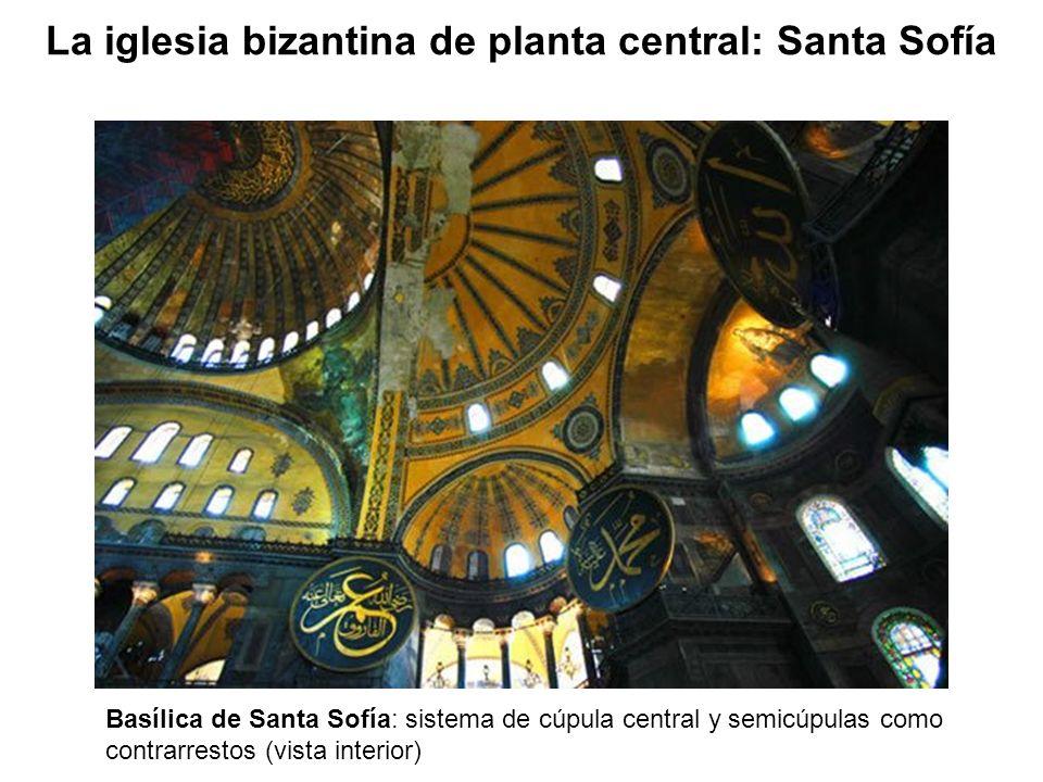 Basílica de Santa Sofía: sistema de cúpula central y semicúpulas como contrarrestos (vista interior)