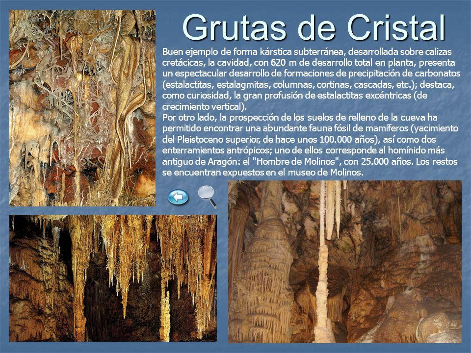 Grutas de Cristal Grutas de Cristal Buen ejemplo de forma kárstica subterránea, desarrollada sobre calizas cretácicas, la cavidad, con 620 m de desarr
