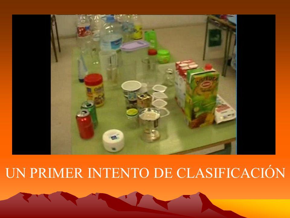 LOS ENVASES EMPIEZAN A TENER UNA NUEVA VIDA: Zuleima explica como ve una carroza en esta garrafa plástica de agua de 5 litros