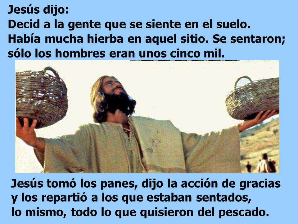 Uno de sus discípulos, Andrés, el hermano de Simón Pedro, le dijo: Aquí hay un muchacho que tiene cinco panes de cebada y un par de peces; pero, ¿qué