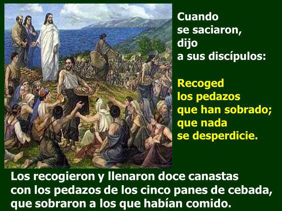 Jesús tomó los panes, dijo la acción de gracias y los repartió a los que estaban sentados, lo mismo, todo lo que quisieron del pescado. Jesús dijo: De