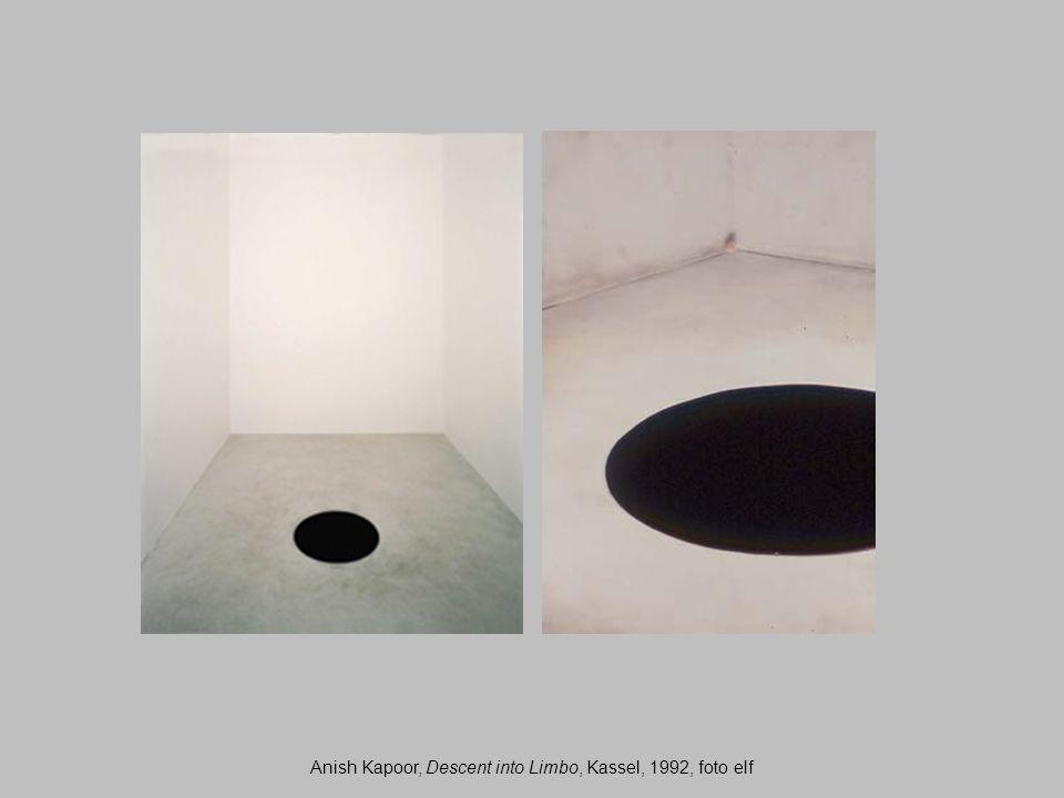 Anish Kapoor, Descent into Limbo, Kassel, 1992, foto elf