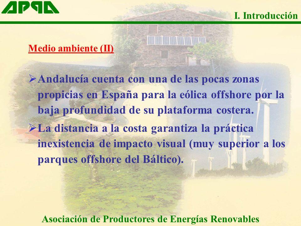 Medio ambiente (II) Andalucía cuenta con una de las pocas zonas propicias en España para la eólica offshore por la baja profundidad de su plataforma c