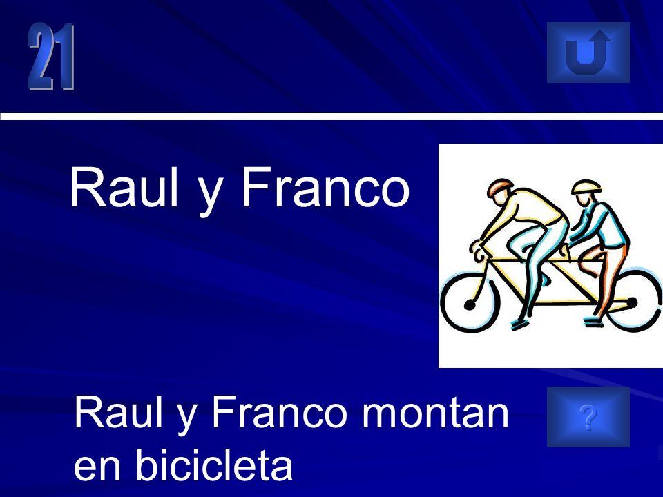 Raul y Franco montan en bicicleta Raul y Franco