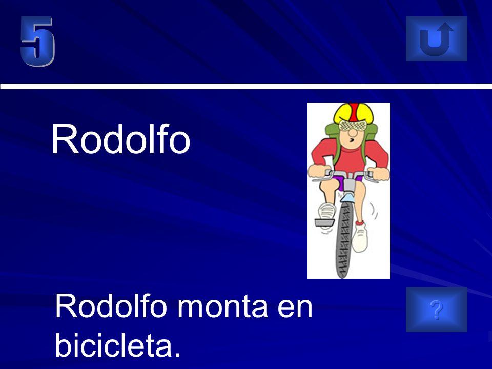 Rodolfo monta en bicicleta. Rodolfo