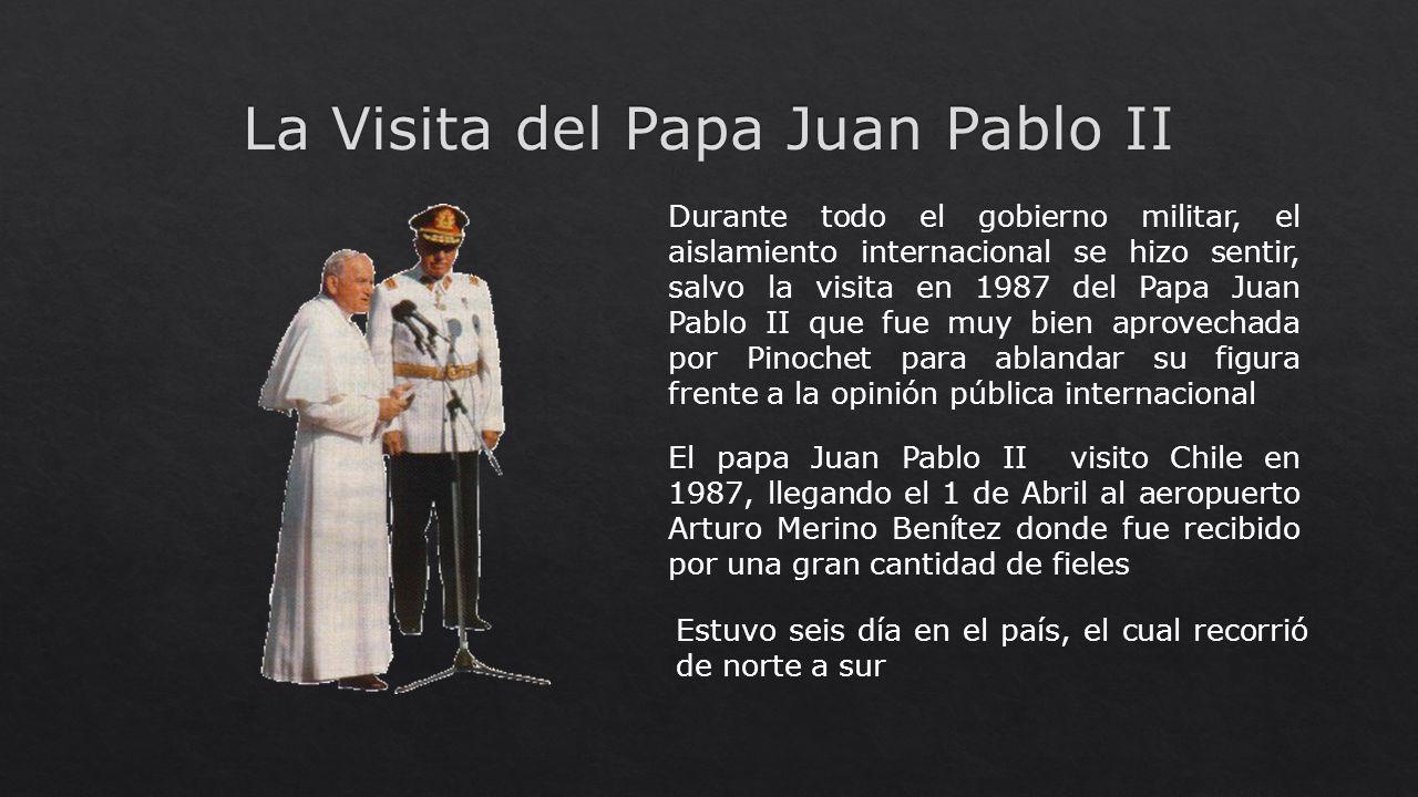 Durante todo el gobierno militar, el aislamiento internacional se hizo sentir, salvo la visita en 1987 del Papa Juan Pablo II que fue muy bien aprovec