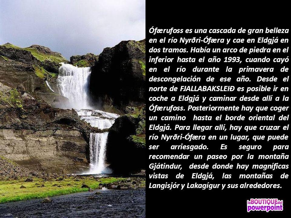Ófærufoss es una cascada de gran belleza en el río Nyrðri-Ófæra y cae en Eldgjá en dos tramos.