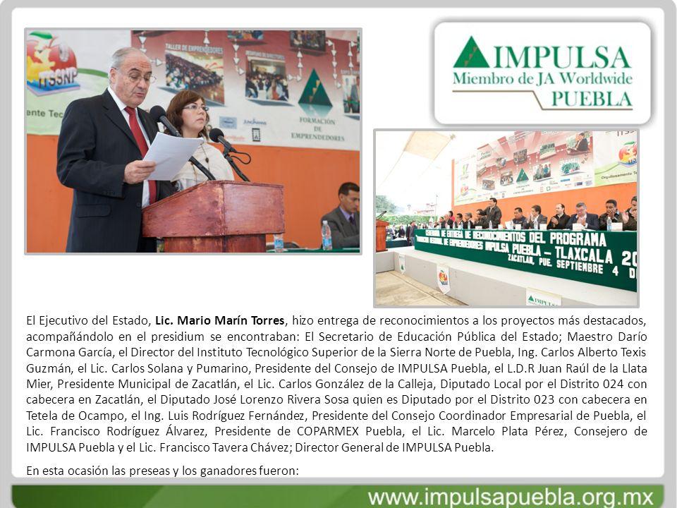 El Ejecutivo del Estado, Lic. Mario Marín Torres, hizo entrega de reconocimientos a los proyectos más destacados, acompañándolo en el presidium se enc