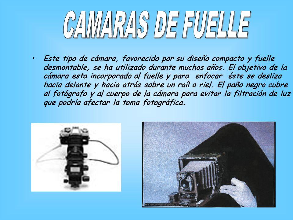 Este tipo de cámara, favorecido por su diseño compacto y fuelle desmontable, se ha utilizado durante muchos años. El objetivo de la cámara esta incorp