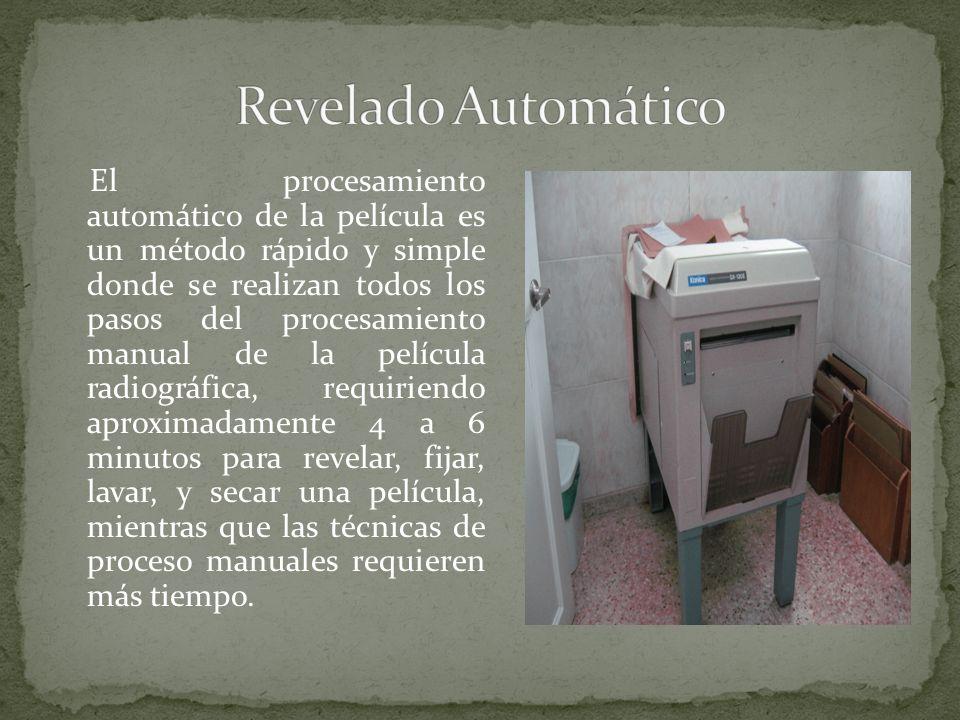 El procesamiento automático de la película es un método rápido y simple donde se realizan todos los pasos del procesamiento manual de la película radi