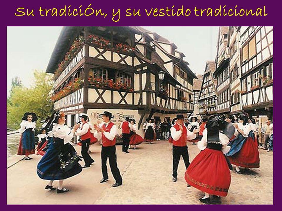 Su tradiciÓn, y su vestido tradicional