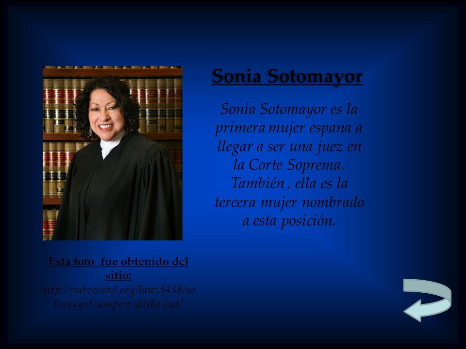 Sonia Sotomayor Sonia Sotomayor es la primera mujer espana a llegar a ser una juez en la Corte Soprema. También, ella es la tercera mujer nombrado a e