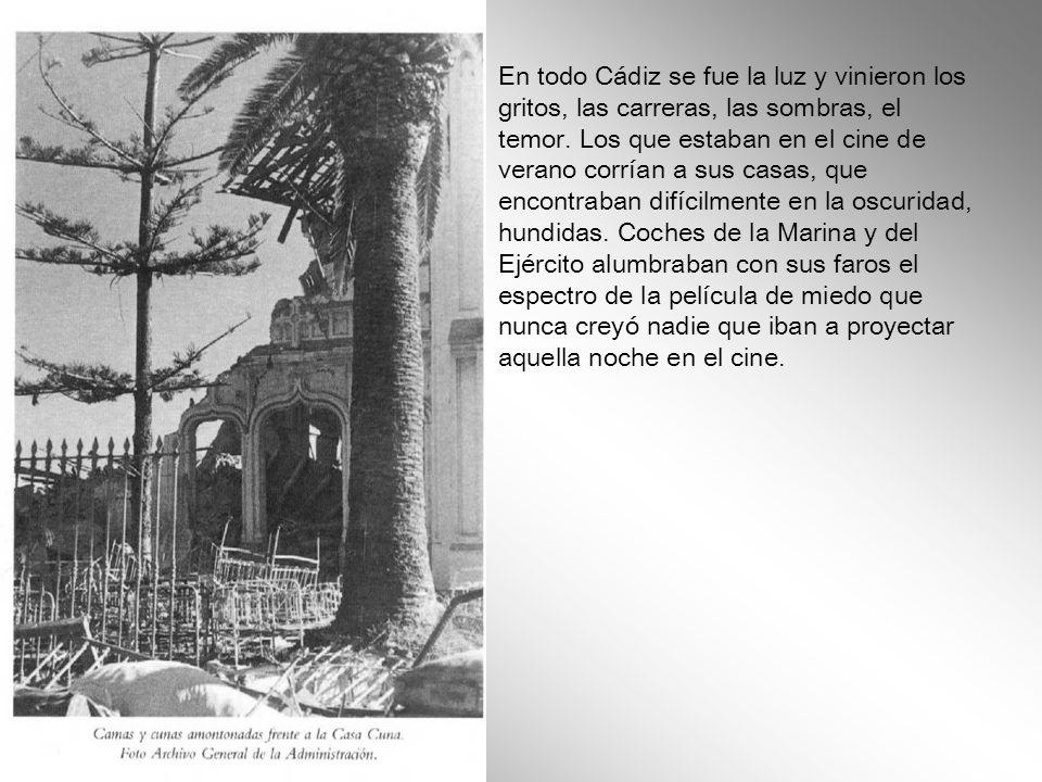 En la noche azul de luceros de discurso de Rodríguez de Valcárcel, el gobernador civil falangista, el cielo se puso completamente rojo. Había estallad