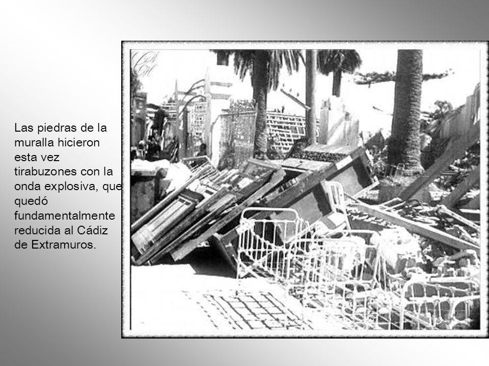 Oficialmente murieron 152 personas, hubo 5.000 heridos y 2.000 edificios quedaron dañados. Hasta las mismas pesadas puertas de la Catedral, que dobló