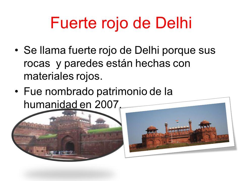 Este monumento se lllama India Gate Está situado en la India.. Es el monu – mento nacional de la India. Fue construida en el año 1931. Lo diseñó Edwin