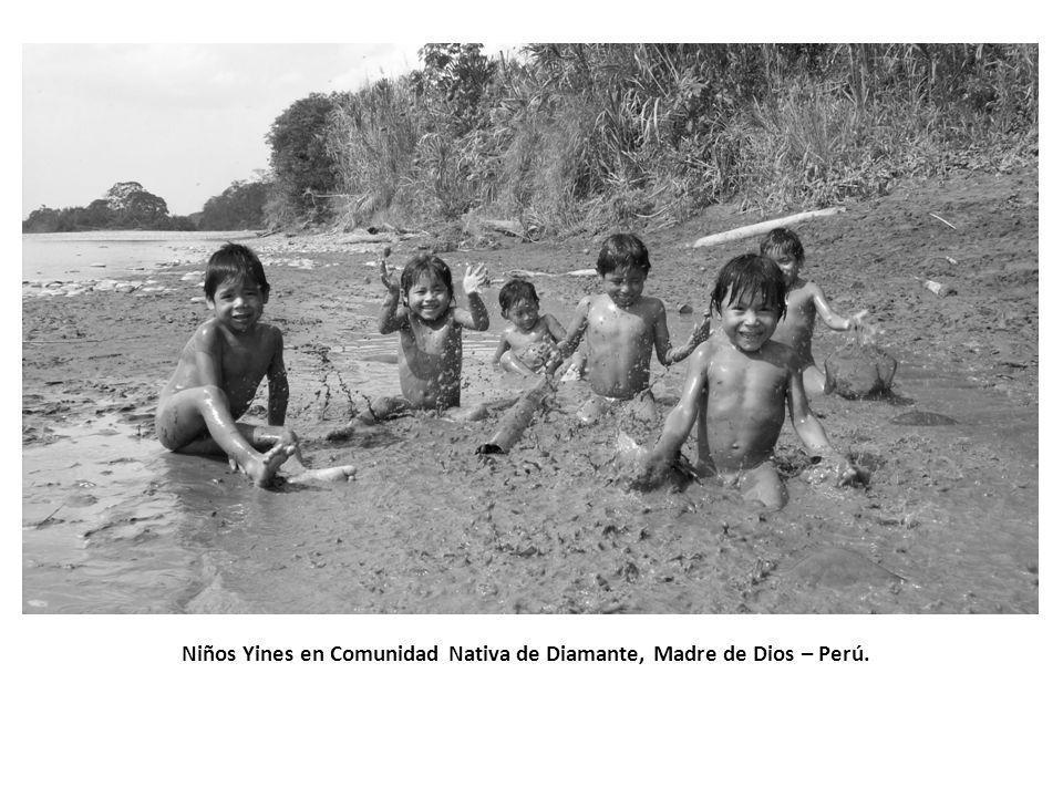 Niños Yines en Comunidad Nativa de Diamante, Madre de Dios – Perú.