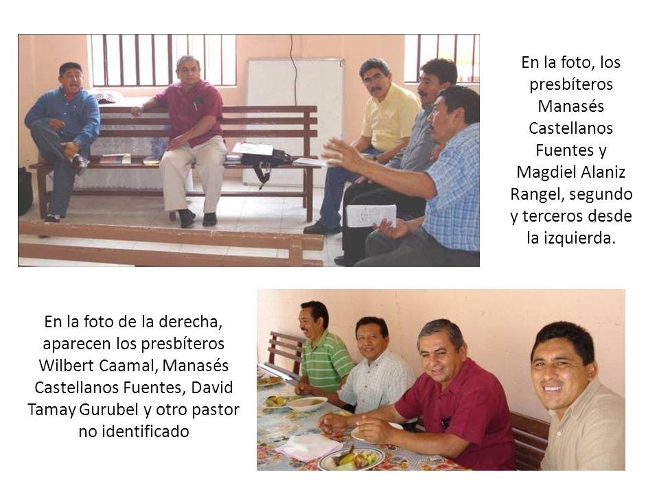 En la foto, los presbíteros Manasés Castellanos Fuentes y Magdiel Alaniz Rangel, segundo y terceros desde la izquierda. En la foto de la derecha, apar