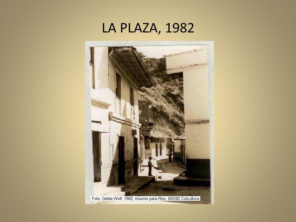 LA PLAZA, 1982