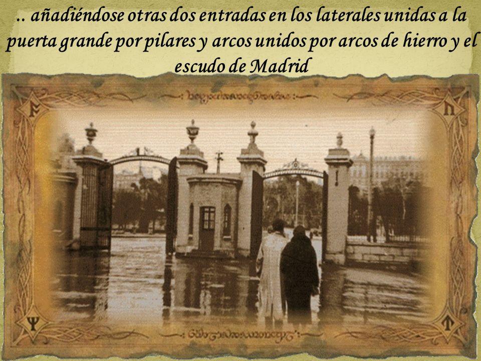 En 1933, el Puente del Rey se amplia de 9 a 25 metros, y la Puerta del Rey se desmonta y se reconstruye para trazar un acceso público a la Casa de Cam