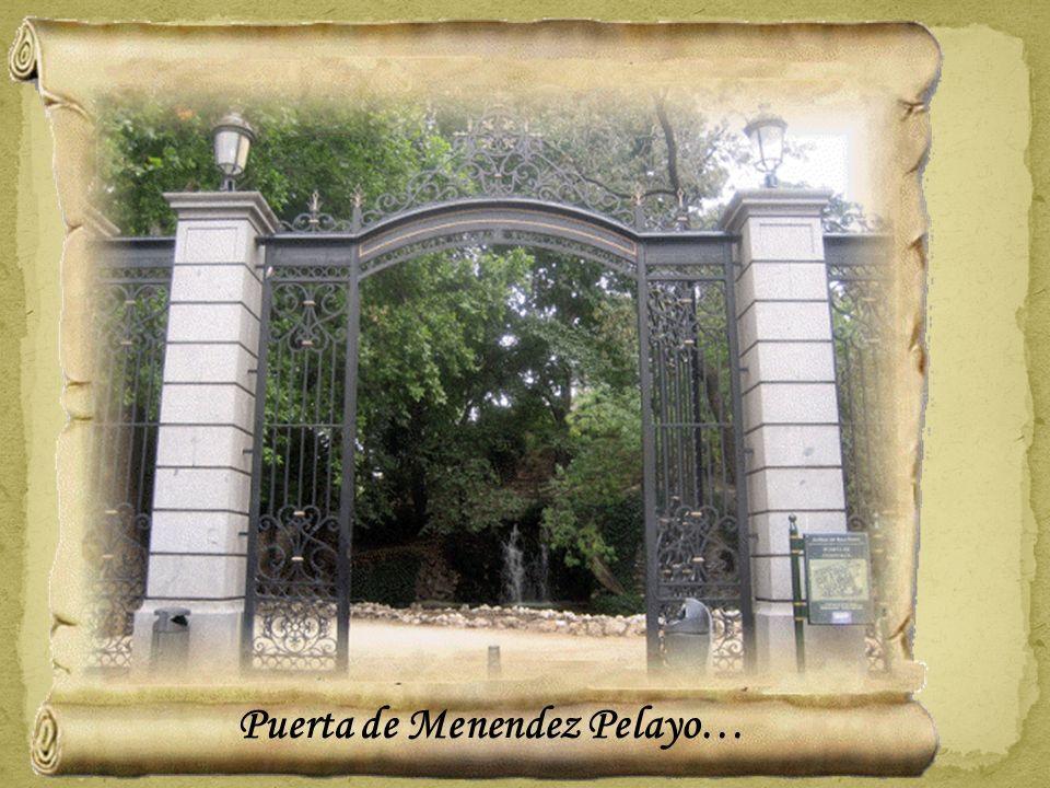 Detalle de la reja de la Puerta de España...