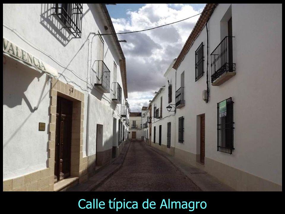 Calle típica de Almagro