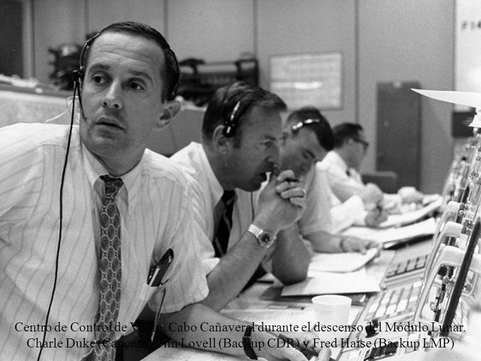Centro de Control de Vuelo, Cabo Cañaveral durante el descenso del Módulo Lunar.