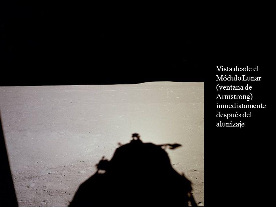 Vista desde el Módulo Lunar (ventana de Armstrong) inmediatamente después del alunizaje