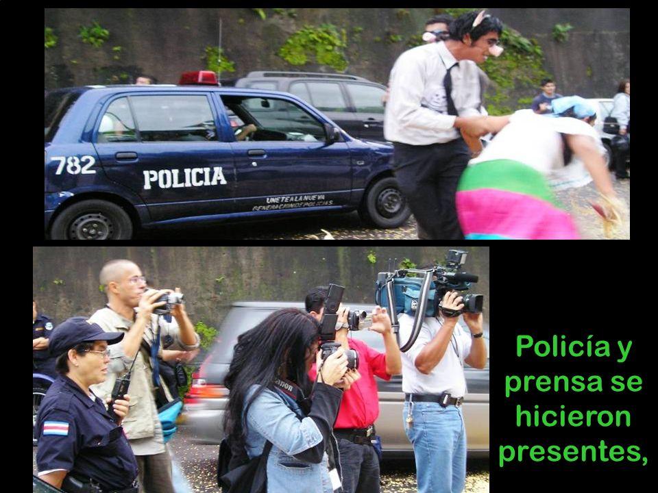 Policía y prensa se hicieron presentes,