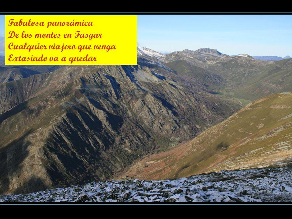 Fabulosa panorámica De los montes en Fasgar Cualquier viajero que venga Extasiado va a quedar