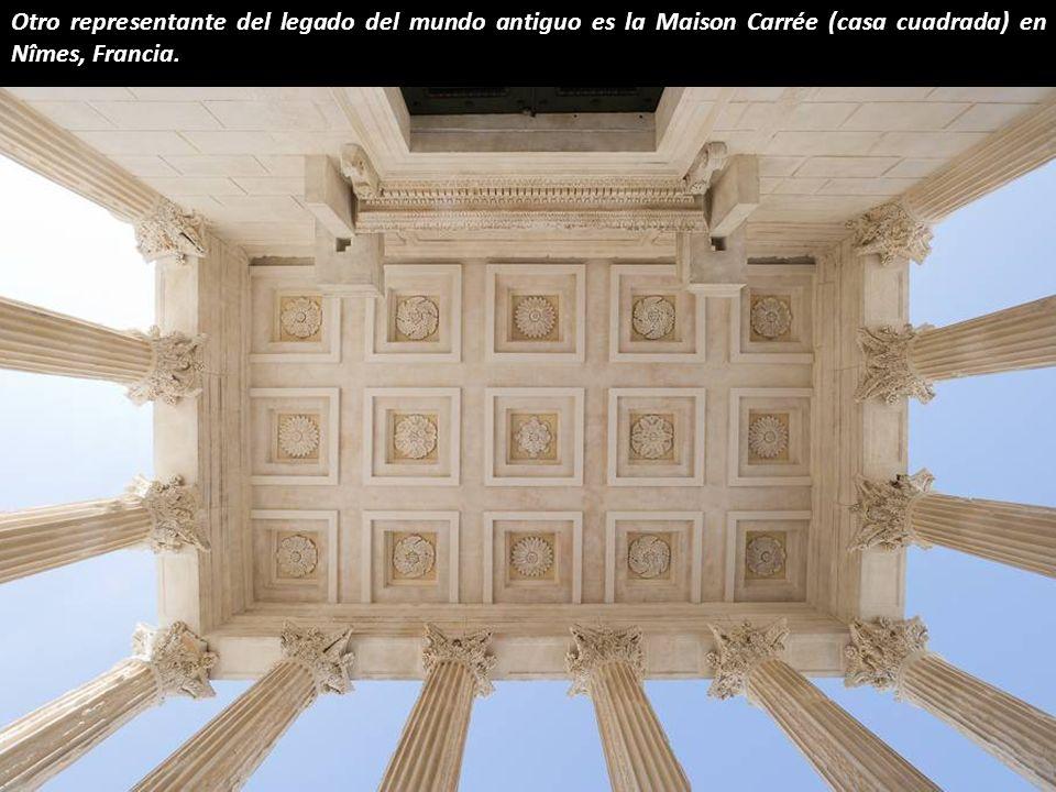 También en Roma se encuentra el Panteón, un sobreviviente de la historia (126 dC) y una de las estructuras más fascinantes jamás construidas