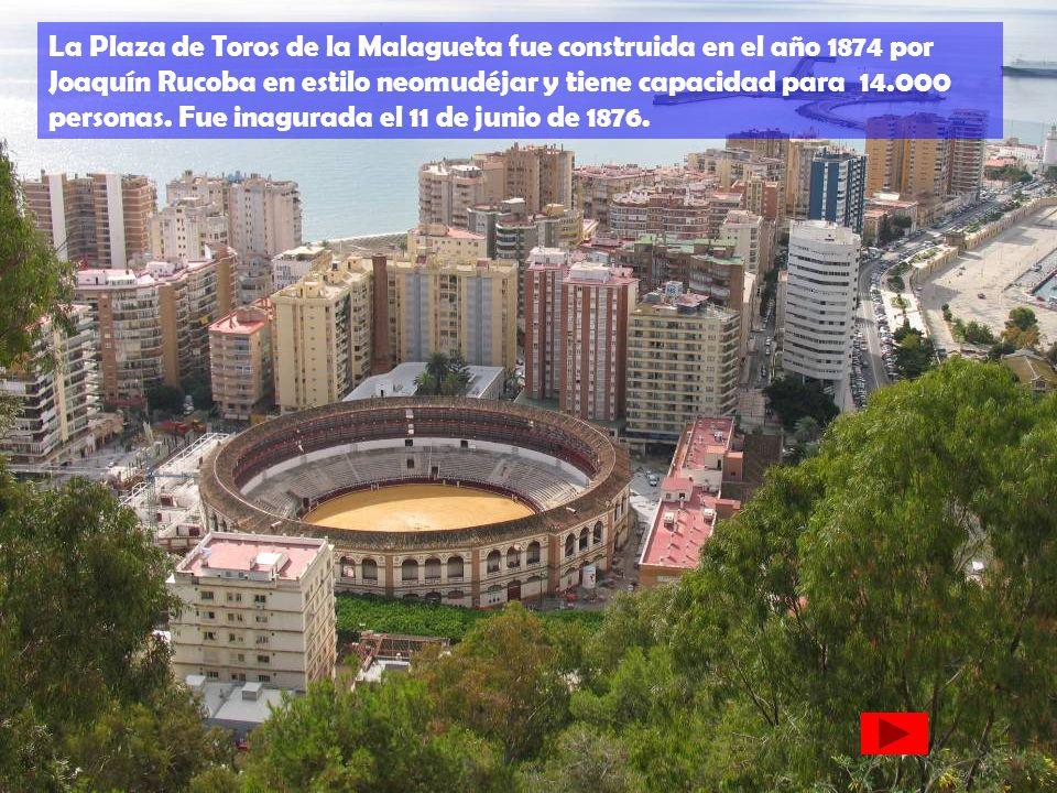 La Plaza de Toros de la Malagueta fue construida en el año 1874 por Joaquín Rucoba en estilo neomudéjar y tiene capacidad para 14.000 personas. Fue in