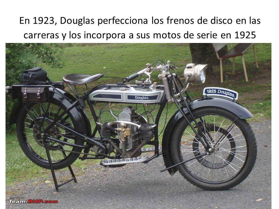 En 1923, Douglas perfecciona los frenos de disco en las carreras y los incorpora a sus motos de serie en 1925 Douglas 1925, nótense los frenos de disc