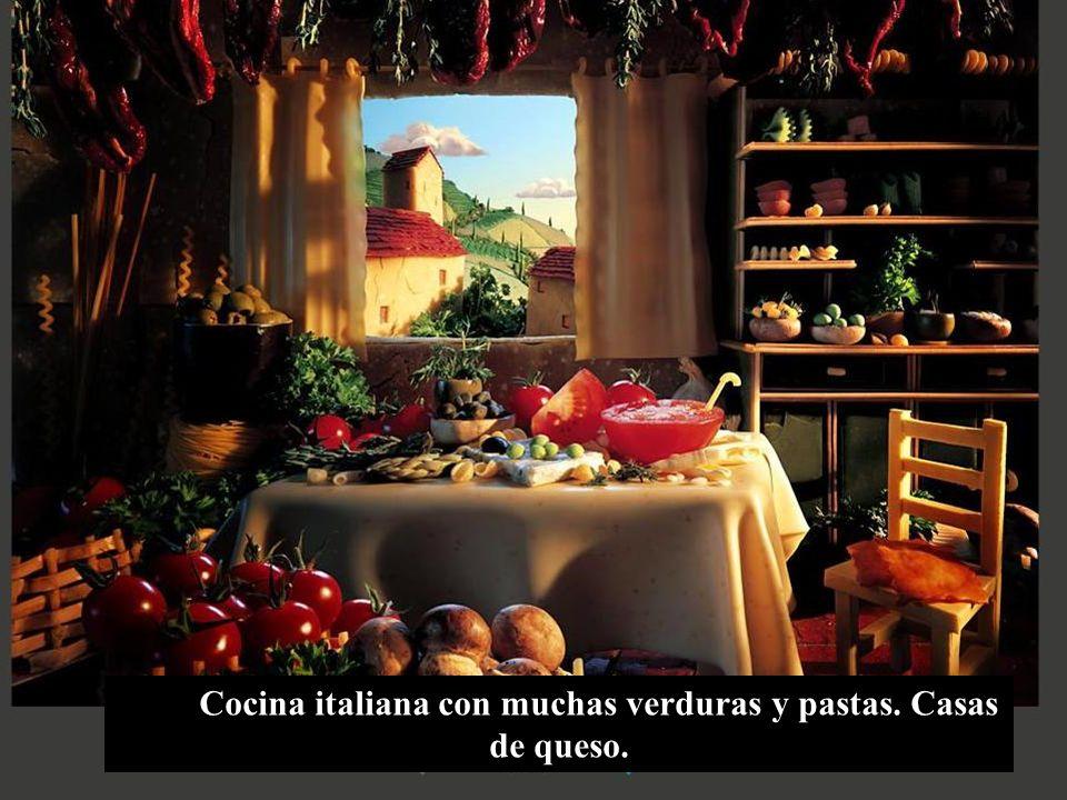 Cocina italiana con muchas verduras y pastas. Casas de queso.