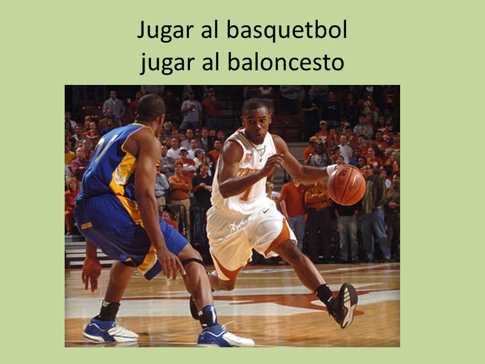 Jugar al basquetbol jugar al baloncesto
