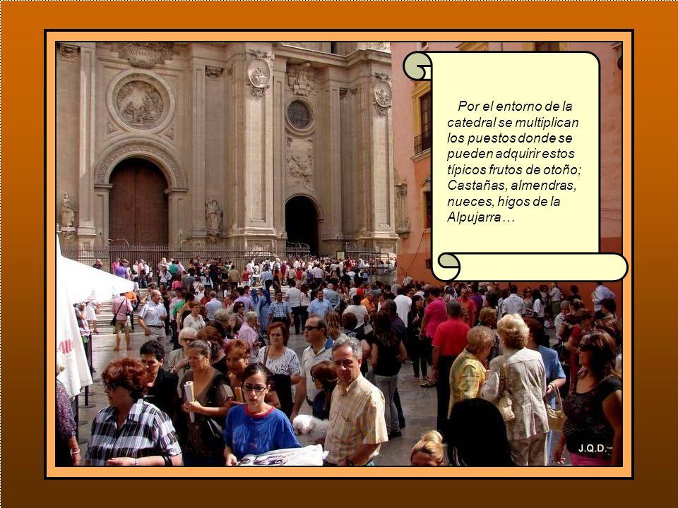 Por el entorno de la catedral se multiplican los puestos donde se pueden adquirir estos típicos frutos de otoño; Castañas, almendras, nueces, higos de la Alpujarra…